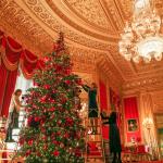 Castelo de Windsor tem decoração luxuosa para o Natal