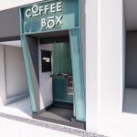 Com 7m² cafeteria Coffee Box chega em Curitiba