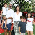 Melissa Fernandes, Cadu, Bernardo, Rafael e Helena Moraes