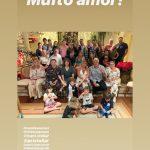 De pijama, Silvio Santos reúne família em Natal antecipado