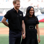 A pedido da rainha, Príncipe Harry e Meghan Markle participarão de evento real em Londres
