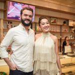 Rodrigo Bernardo e Jacqueline Sato