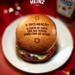 Heinz possibilita que apaixonados declarem seu amor em um hambúrguer no dia dos namorados