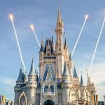 Disney anuncia que deve reabrir parques da Flórida em julho