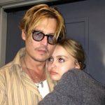 Johnny Depp revela em tribunal que deu drogas à filha quando ela tinha apenas 13 anos