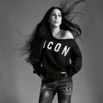 Cher tentou ser voluntária dos Correios dos EUA, mas foi rejeitada