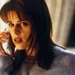 """Atriz Neve Campbell volta ao filme """"Pânico"""" como mocinha perseguida após 9 anos"""