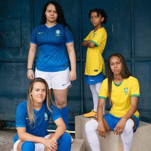 Nova camisa da seleção feminina não leva estrelas do masculino no escudo