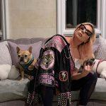 Cachorros de Lady Gaga são roubados durante passeio com 'dog walker'