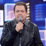 Fausto Silva é internado e deixa de gravar na Globo pela primeira vez por saúde