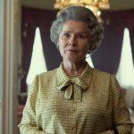 The Crown: Netflix divulga 1ª foto de Imelda Staunton como rainha Elizabeth