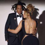 Beyoncé posa com diamante de US $ 30 milhões ao lado de Jay-Z